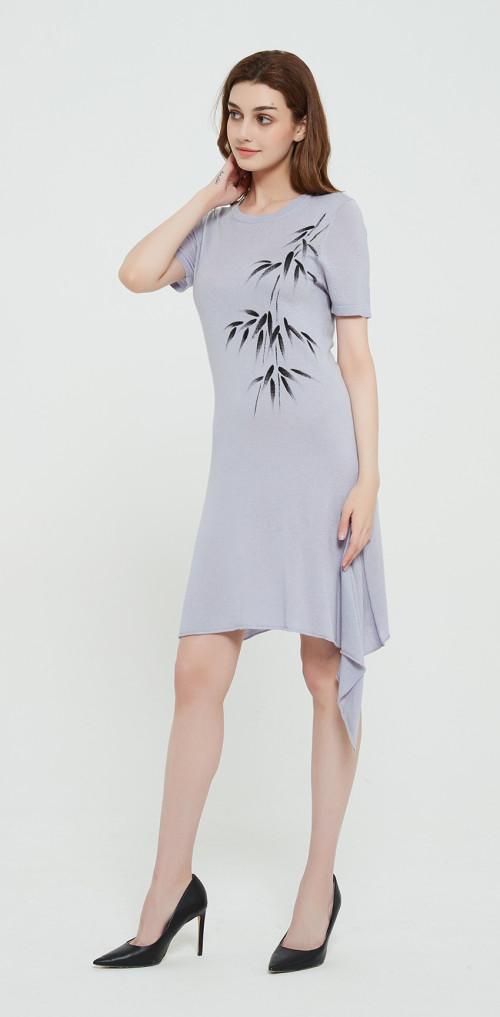 pull en soie de cachemire de style long avec dessiné à la main