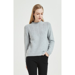 wholesale women seamless cashmere sweater in high quality cashmere yarns with OEM design in low price