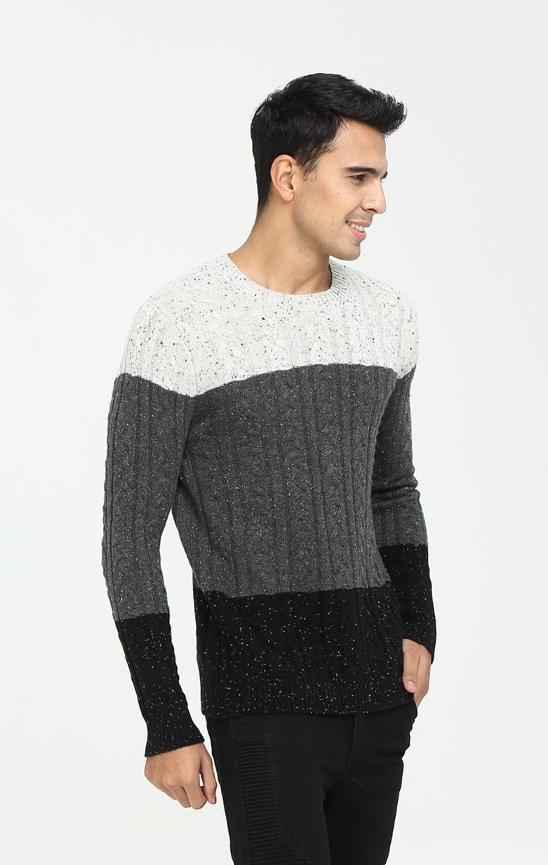 suéter de cachemira con cuello redondo y manga larga para hombre
