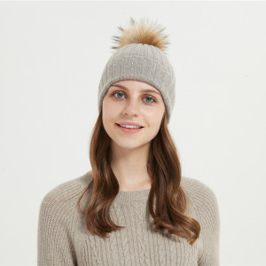 Wholesale high quality cable rib wool cashmere hat/beanie with stone and fur pom pom