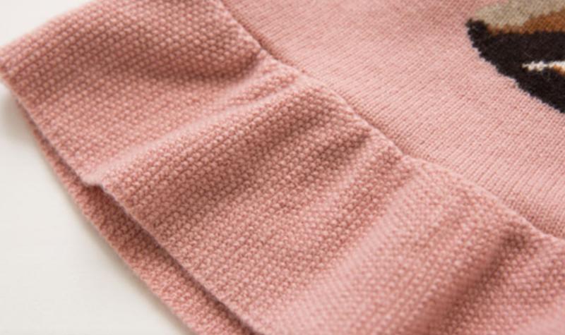 suéter de vestir de cachemir de color rosa linda chica