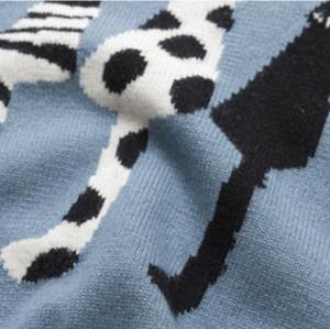 jersey de cachemir con cuello redondo y estampado de gatos