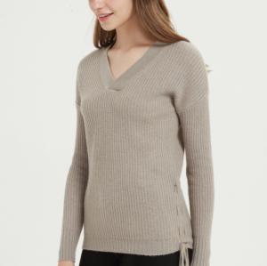 vneck suéter de mujer de pura cachemira con color natural