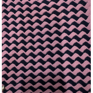 Knitted Cashmere Pattern in 100% Cashmere Yarn with new Black and Pink Stripes Design