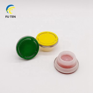Guangzhou manufacturer 42mm plastic lids,bottle caps,closure for empty oil can 1L 4L