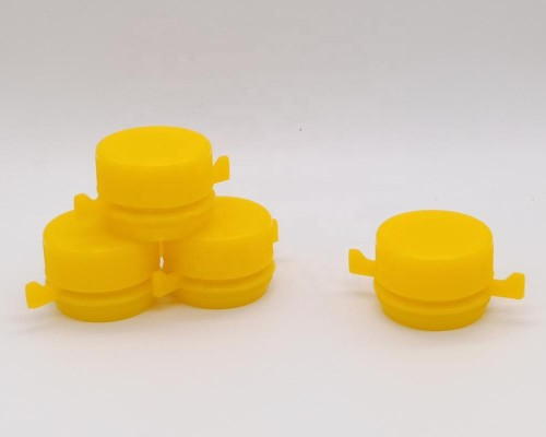 First grade plastic material screw cap/cover/lids for empty engine oil cans