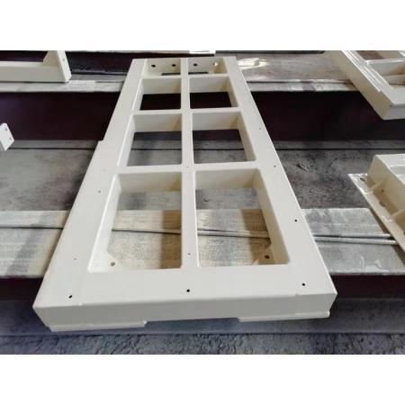 Construction d'un survol de structure métallique d'équipement de soudage de haute qualité