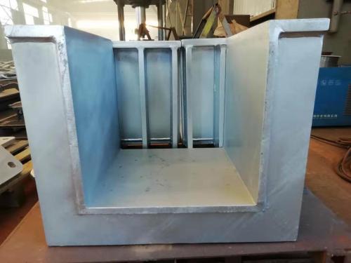 La fabrication et la conception de composants en acier à grande échelle peuvent utiliser une plaque fixe d'installation en acier