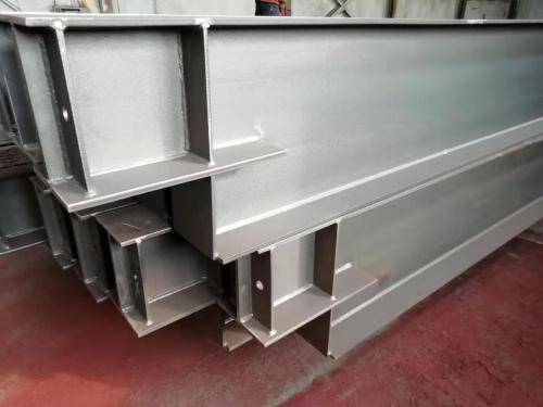 高硬度溶接鋼構造プラットフォームのプロによる処理