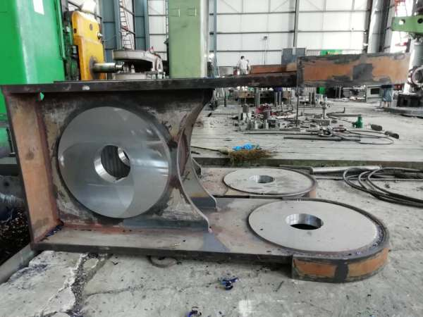 Specializing in the manufacture of multiple models of large-scale crane parts
