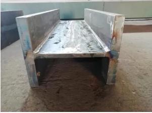 梁、柱、その他の構造物の溶接鋼製支持部材に使用される溶接形鋼