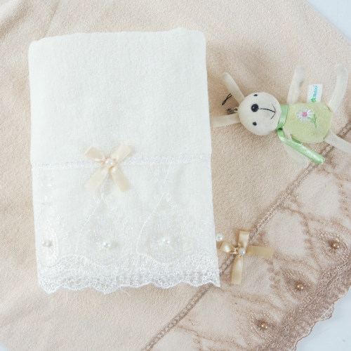 Good design plain weave velvet towel with a beautiful lace and bowknot pearl,customizable design
