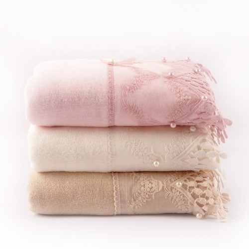 Good design plain weave velvet towel with a beautiful lace and bowknot pearl,customizable design.