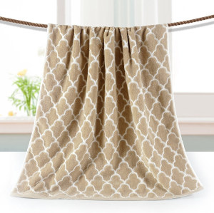 Luxury dyed yarn jacquard bath towel,100% cotton grid design,customizable design,factory supply.