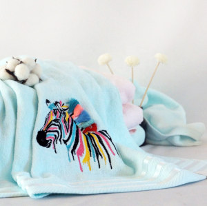 Embroidery animal velvet plain color towel,100% cotton gift towel with lace.