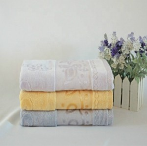Jacquard beautiful border plain colour velvet towel 100% cotton good design.