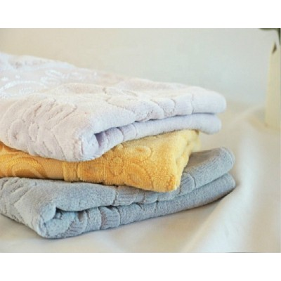 Jacquard beautiful border plain colour velvet towel 100% cotton good design.