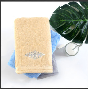 Bamboo cotton blended jacquard velvet towel set luxury embroidery,100% Cotton,reusable.