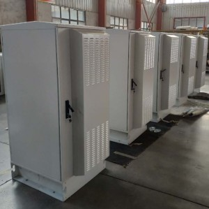 SK-335 outdoor cabinet, with air conditioner and TEC air conditioner, IP55