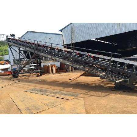 Transportador de banda móvil pesado utilizado para la solución de apilamiento o carga de barcazas