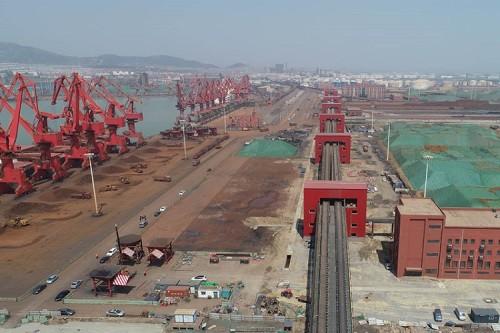 ميناء التراص وتحميل نظام الناقل