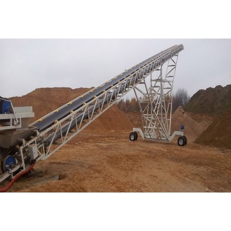 Heavy mobile belt conveyor used for stacking solution or barge loading