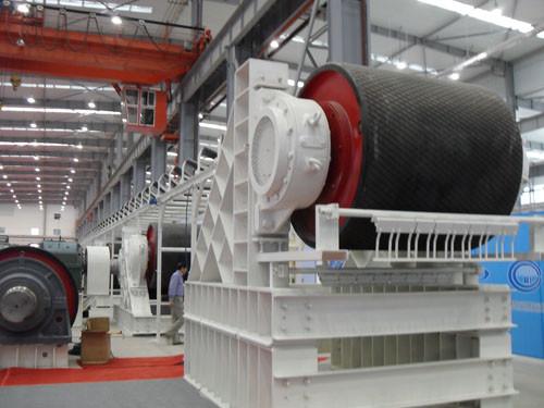 шкив привода ленточного конвейера