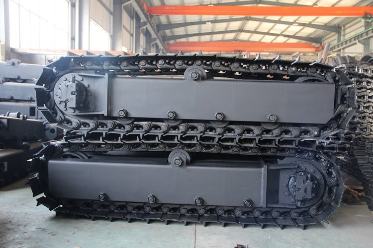track chassis for tracked conveyor