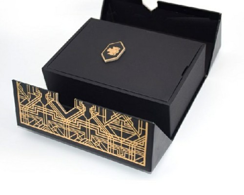 Customized Folding Magnetic Sealed Gift Box Wine Glass Display Box Packaging