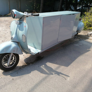 Vintage food truck in light blue color Chinese food truck manufacturer