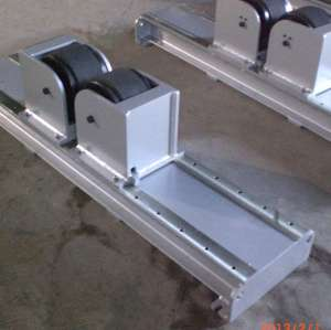 Manual bolt adjustment high adaptability  friction welding turning rolls