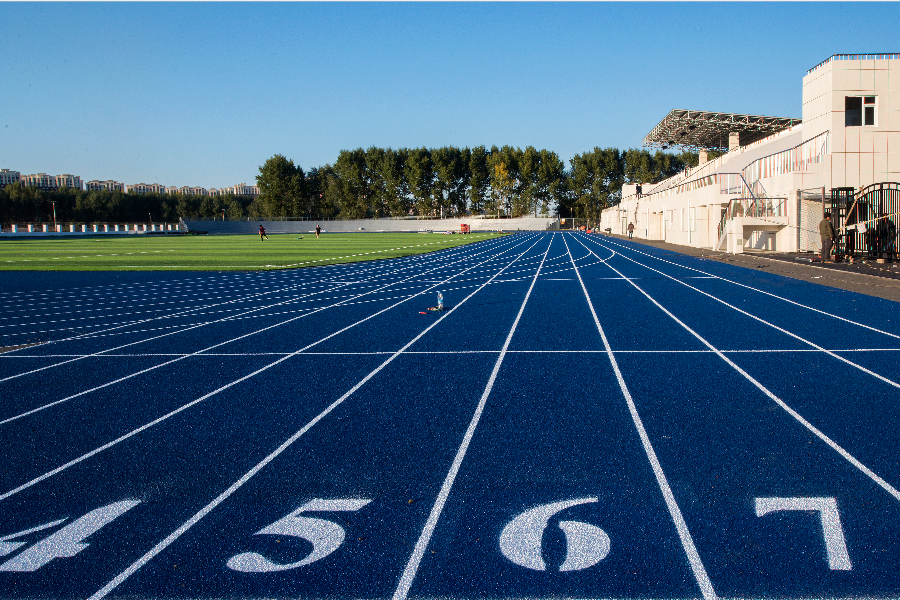 Outdoor athletic tracks