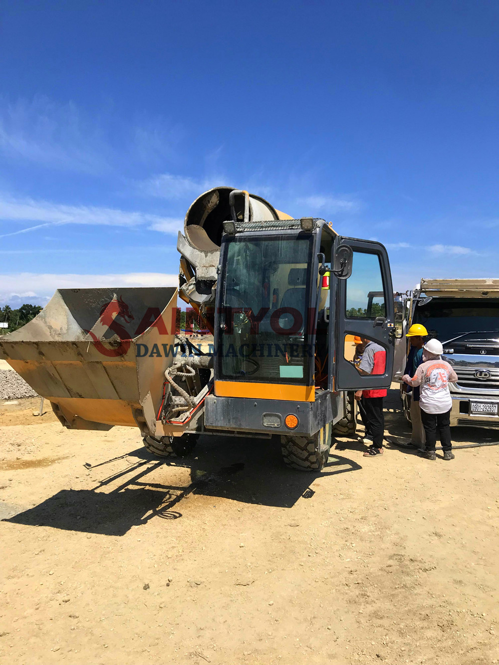 self loading concrete mixer with electric weight calculator