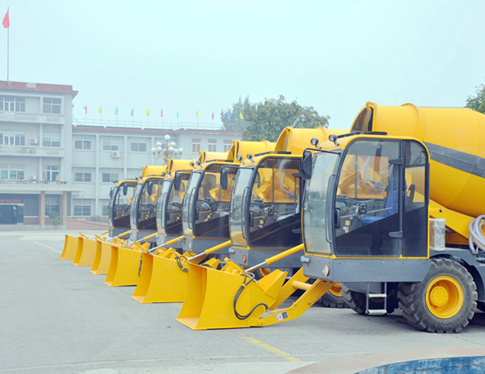 automatic self loading and discharging concrete mixer truck factory