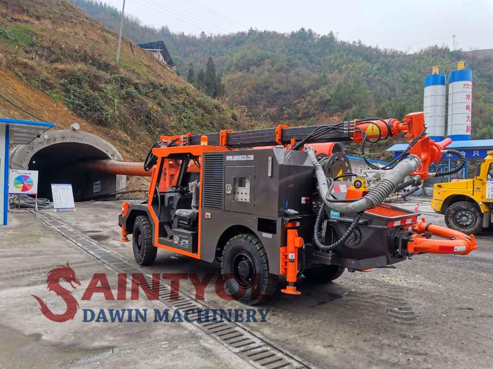 wet concrete spraying pump truck