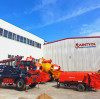 Double-jet hydraulic wet concrete spraying machine adopts double-nozzle spraying operation, high construction efficiency
