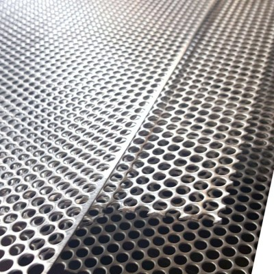 Corrosion Resistant aluminum perferated sheet in square shape