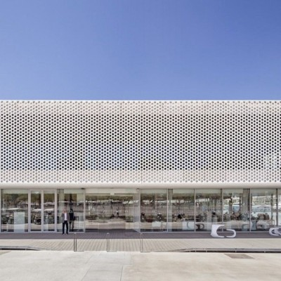 2.5mm pvdf coated perforated aluminum sheet/high intensity aluminum facade for theatre