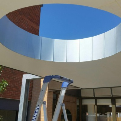 PVDF coated Curved building rainscreen facade cover cladding for university science building