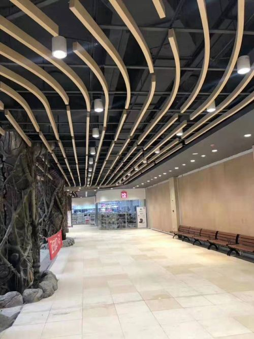 Construction materials inner-wall fluorocarbon Aluminum veneer ceiling