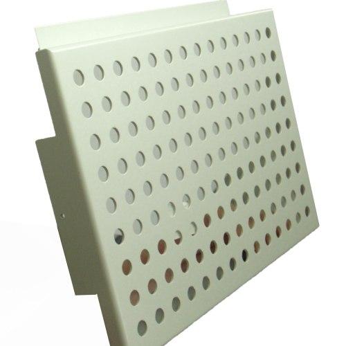 商场装饰展销台用的货架网装饰孔板、多孔板、穿孔板。