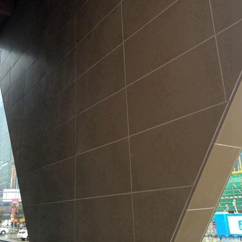 新型金属材料仿木建筑材料铝合金材料金属建筑板