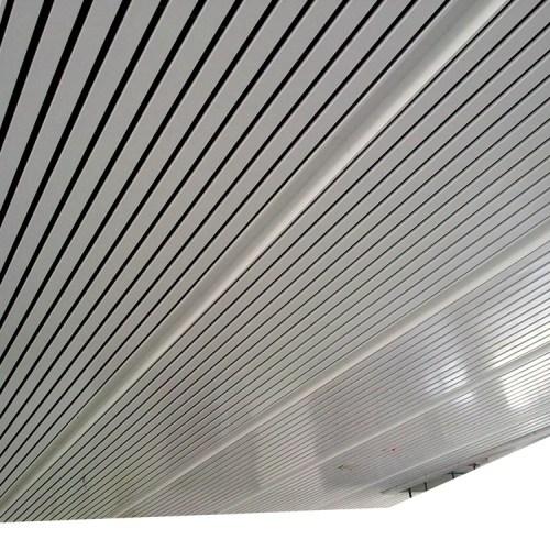 大学室内装修吊顶,别墅外墙装饰铝方通木纹铝方通