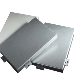 arc-shaped fluorocarbon aluminum panel coverd with columns in rain shed