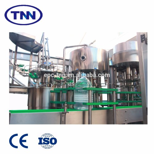 Carbonated drinks filling machine