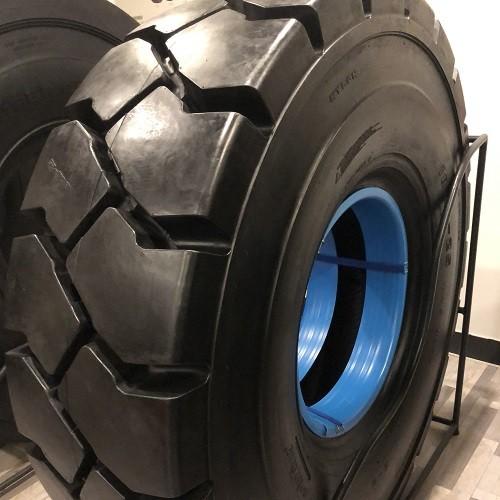 Neumáticos de puerto ATLAPEX