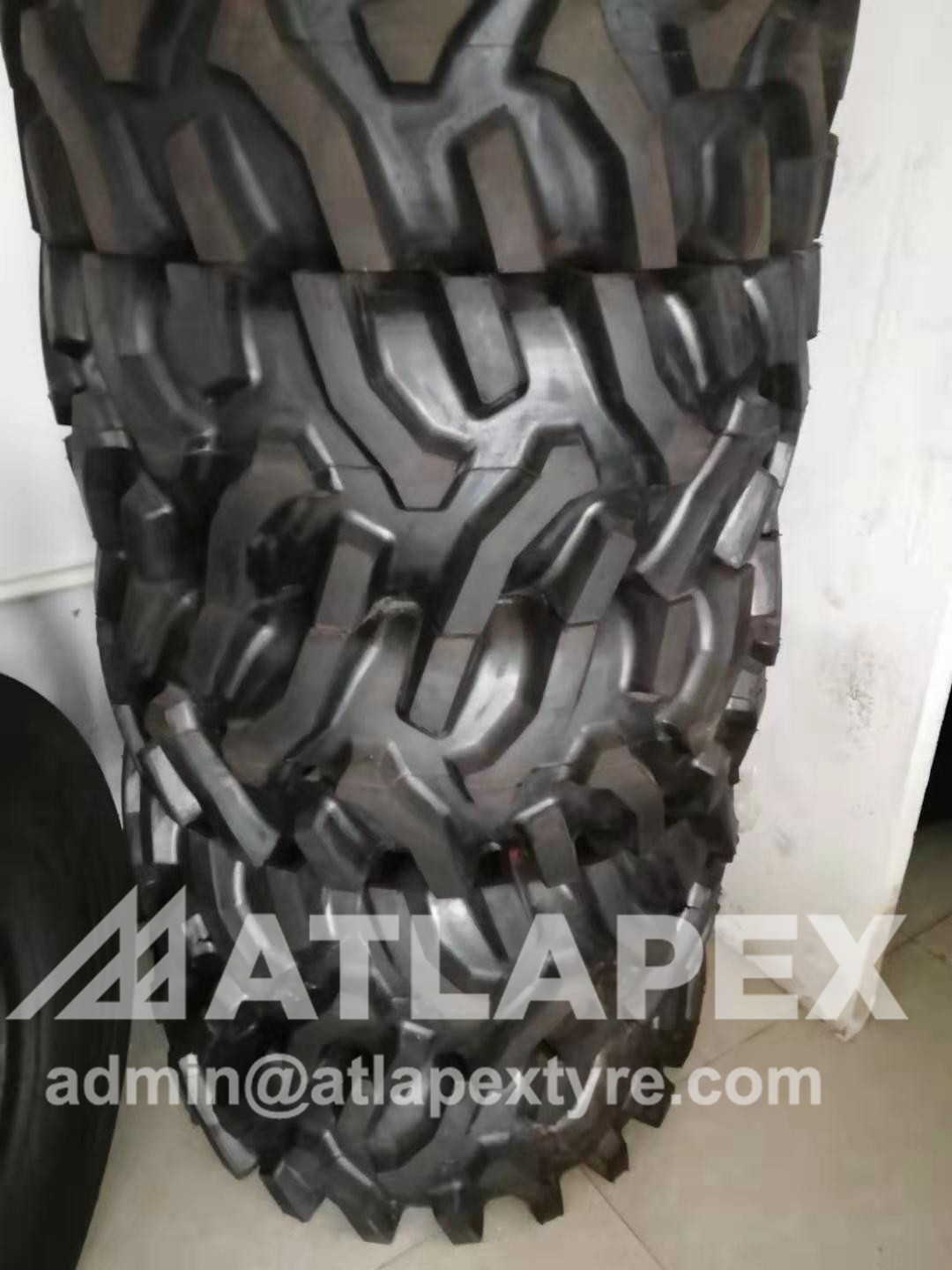 agricultural  13.6-16 tire