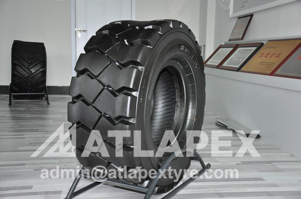 355/65-15 SMPT tire