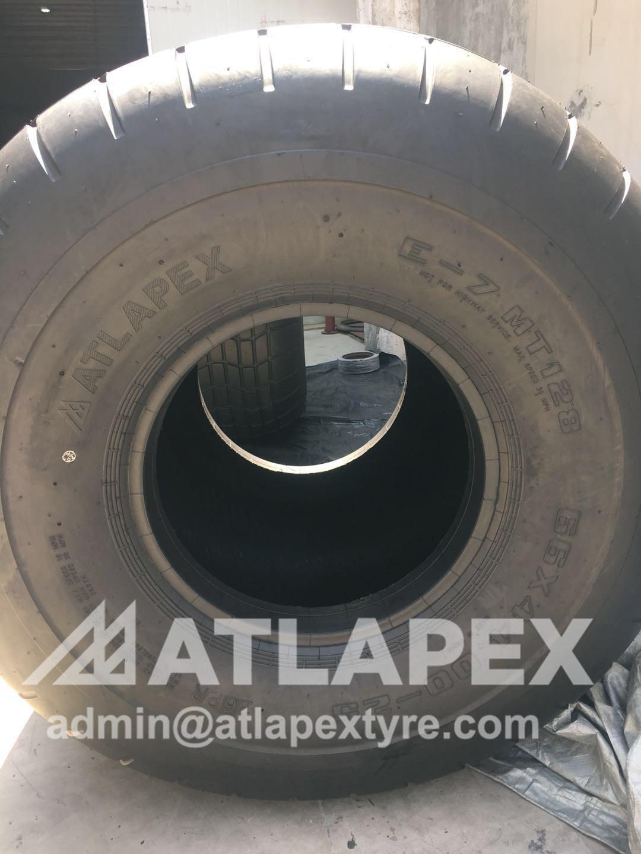 66x44.00-25 tire