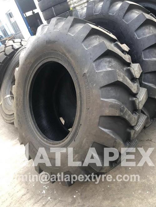 backhoe tyre